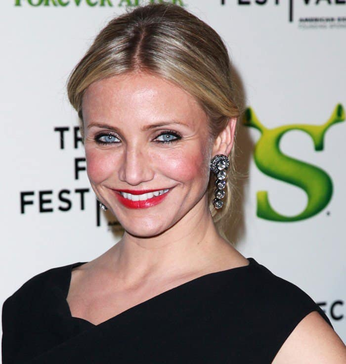 Cameron Diaz Diaz became one of Hollywood's highest-paid actresses due to her role in the Shrek franchise