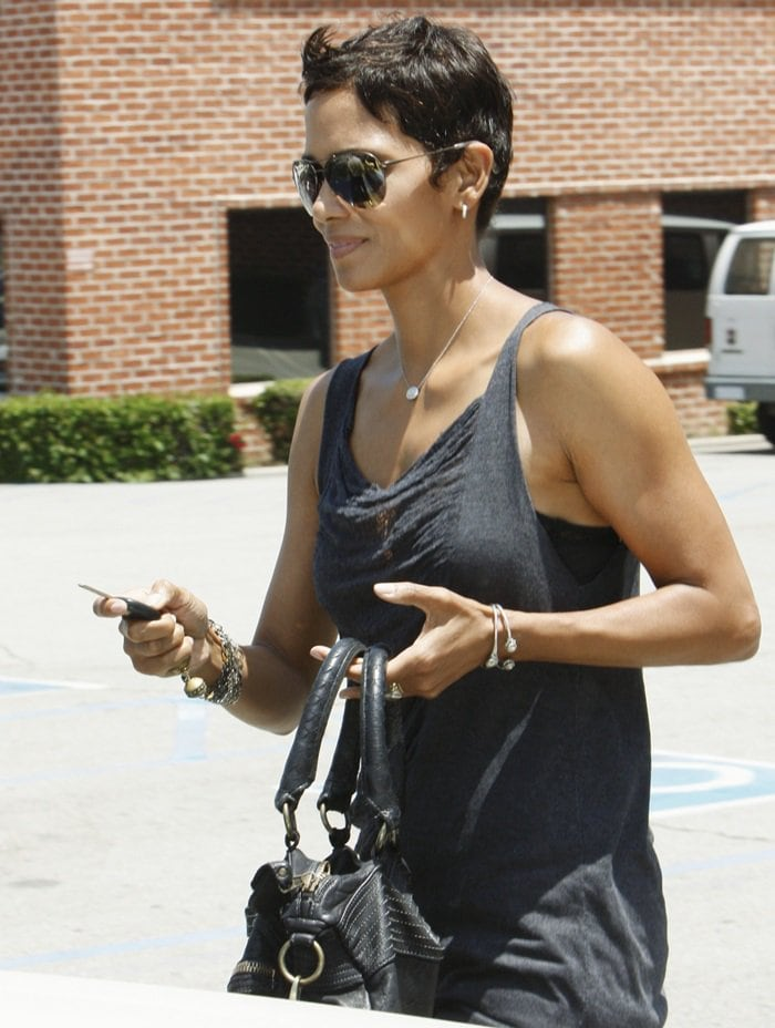 Halle Berry leaves The GENESIS Association after attending a charity event in Los Angeles on June 17, 2010
