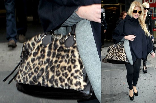 29ca32c96e09 Celebrities Are Still In Love With The Leopard Print!