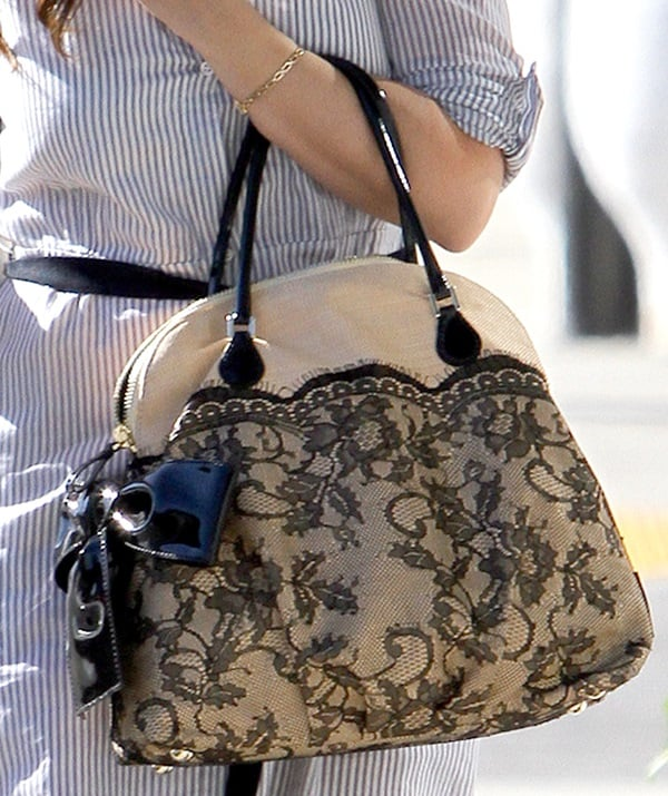 Jennifer Love Hewitt's Valentino Nuage lace & straw top handle