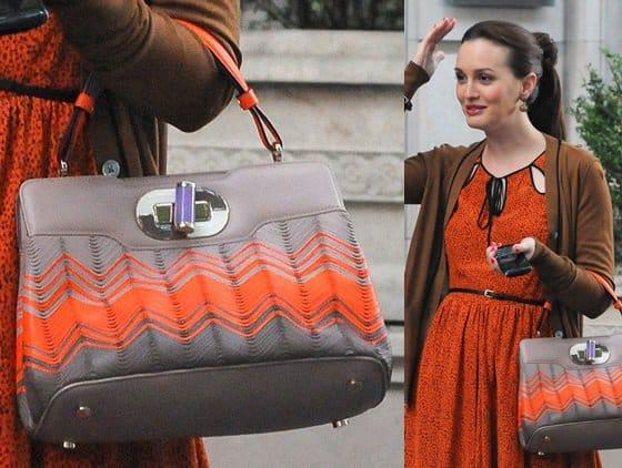 Leighton Meester filming a scene for Season 6 of Gossip Girl in New York