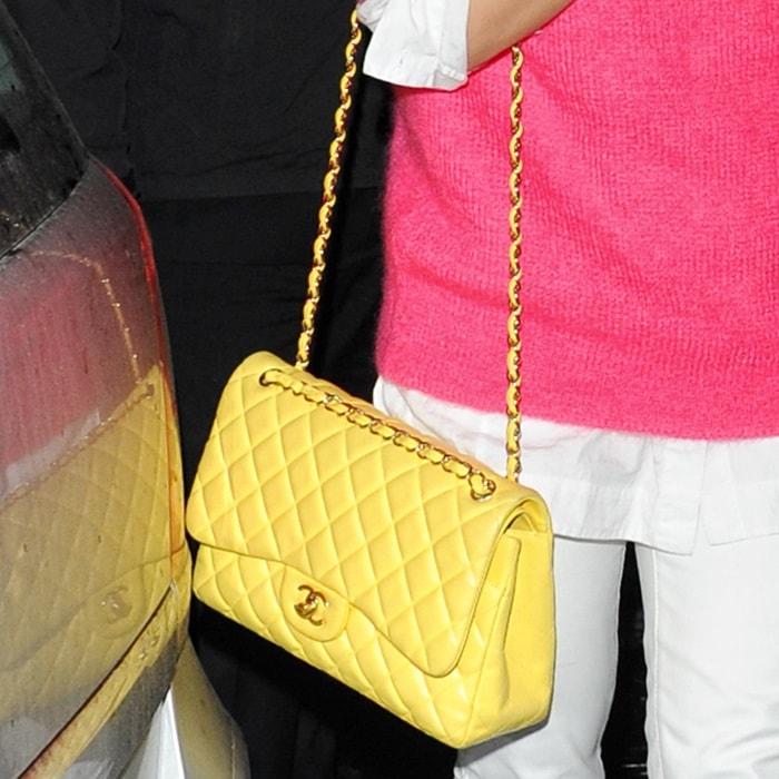 Rita Ora Toting Chanel 2 55 Shoulder Bag