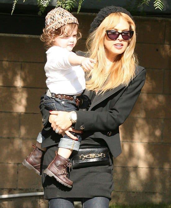 Rachel Zoe with son Skyler at Hugo's restaurant in West Hollywood on November 21, 2012