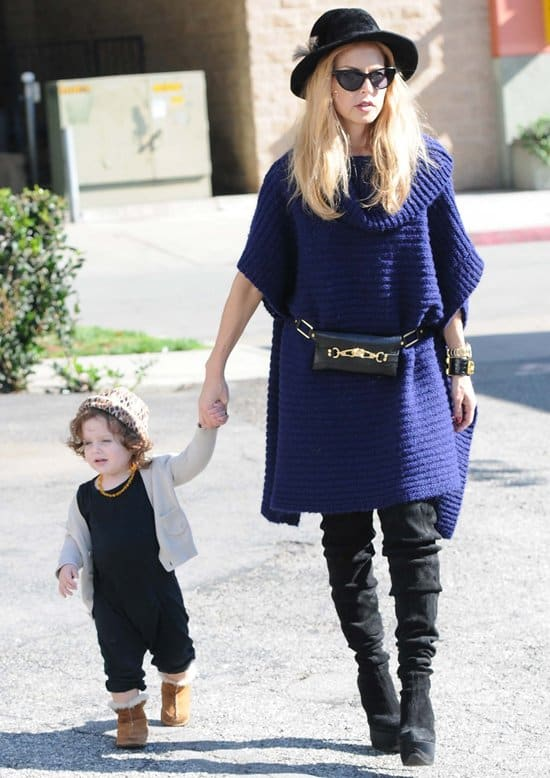 Rachel Zoe and Skyler out and about in Los Angeles on November 19, 2012