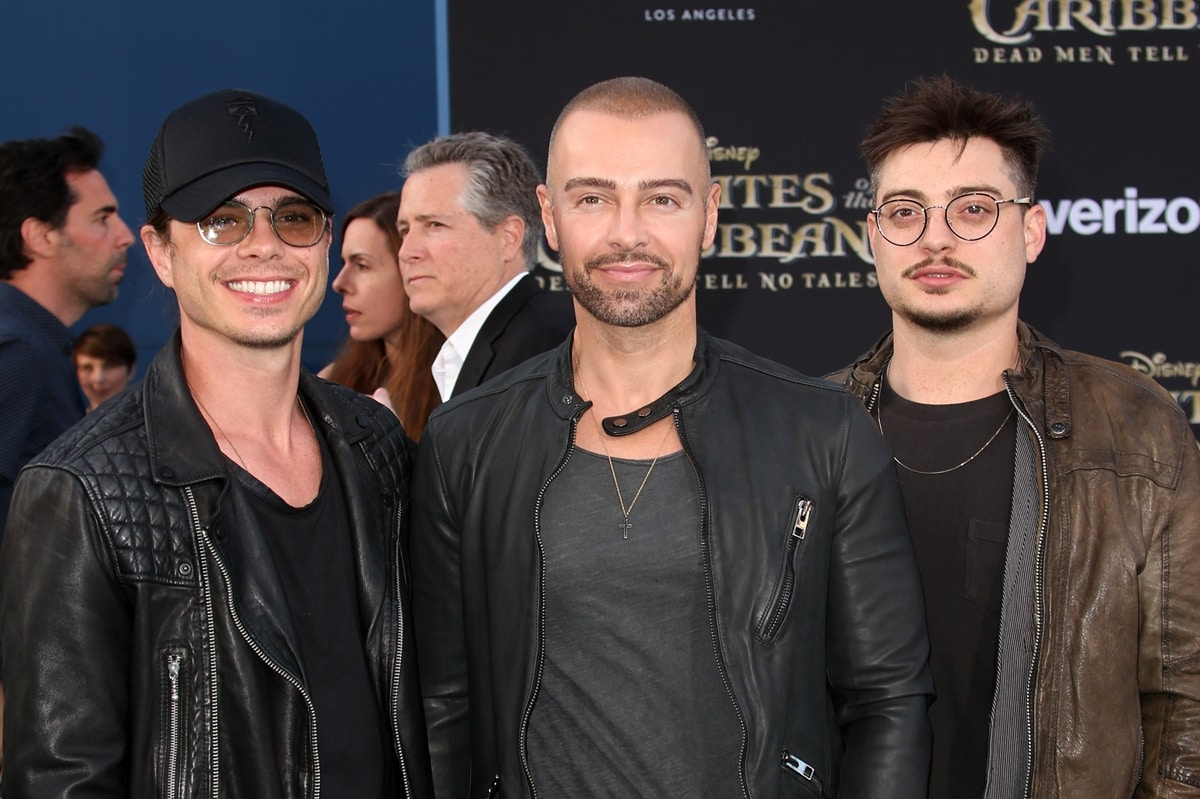 """Matthew William Lawrence (L) is the middle-born of three boys; with two brothers, Joseph """"Joey"""" Lawrence Mignogna Jr. (M) and Andrew James Lawrence"""