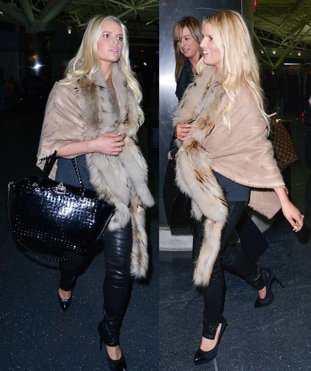 Jessica Simpson rocks noir black stretch lambskin J Brand Super Skinny leather pants