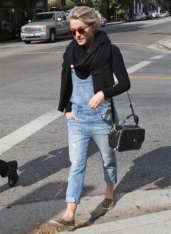 Julianne Hough leaving the Newsroom restaurant
