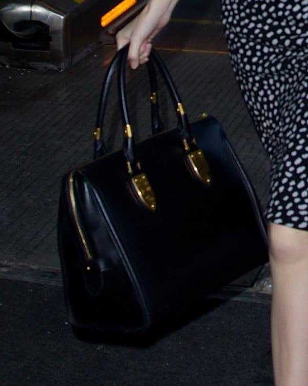 NYFW Bags Anna Kendrick2