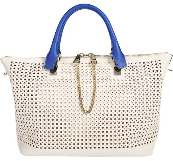 Carry a convenient, convertible tote in hand, the crook of your elbow, or slung over your shoulder
