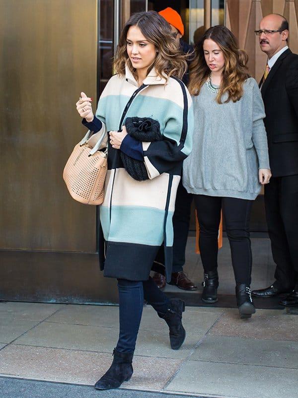 Jessica Alba'stricolored striped coat by Chloe