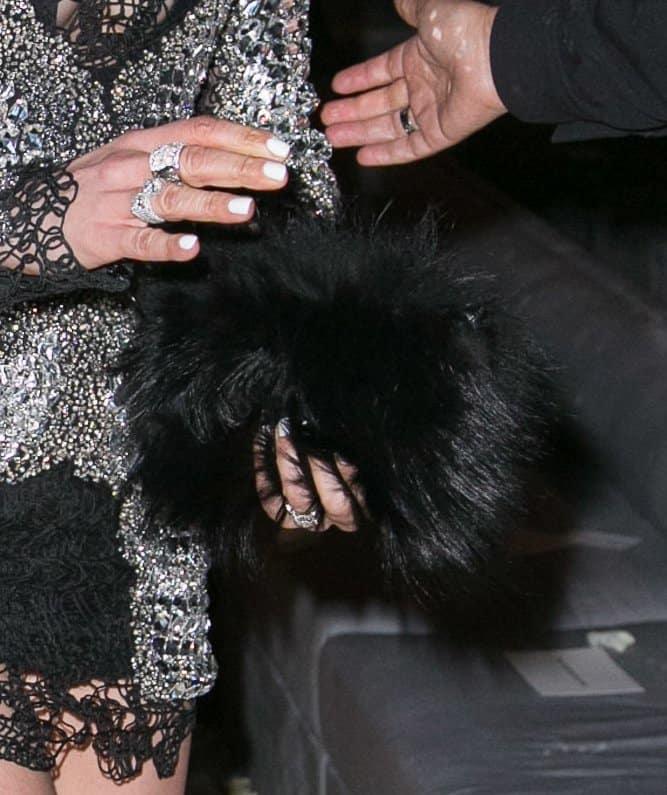 Fur Clutch Jennifer Lopez4