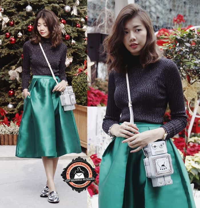 Amelyn Beverly was ready for Christmas in a gorgeous green skirt