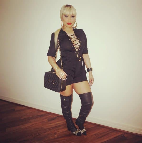 b069a61fd7985d Nicki Minaj Shows Off $4,200 Chanel Vanity Case
