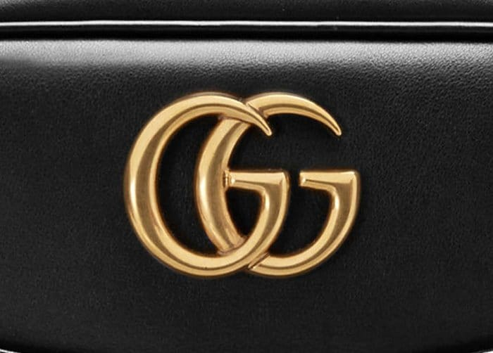 Inspect the Gucci logo for accuracy