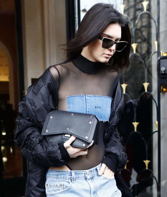 e15f906be5b4 5 Alternatives to Kendall Jenner s Givenchy Bow Cut Clutch