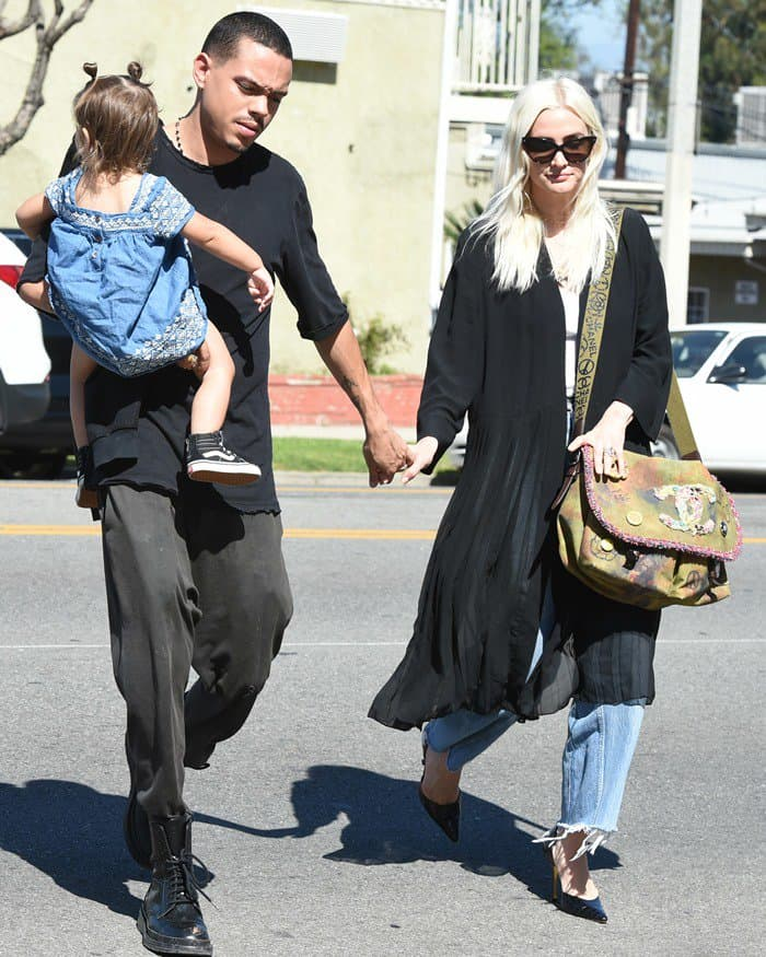 Ashlee Simpson and Evan Ross spotted crossing Ventura Boulevard with their daughter Jagger in Los Angeles.