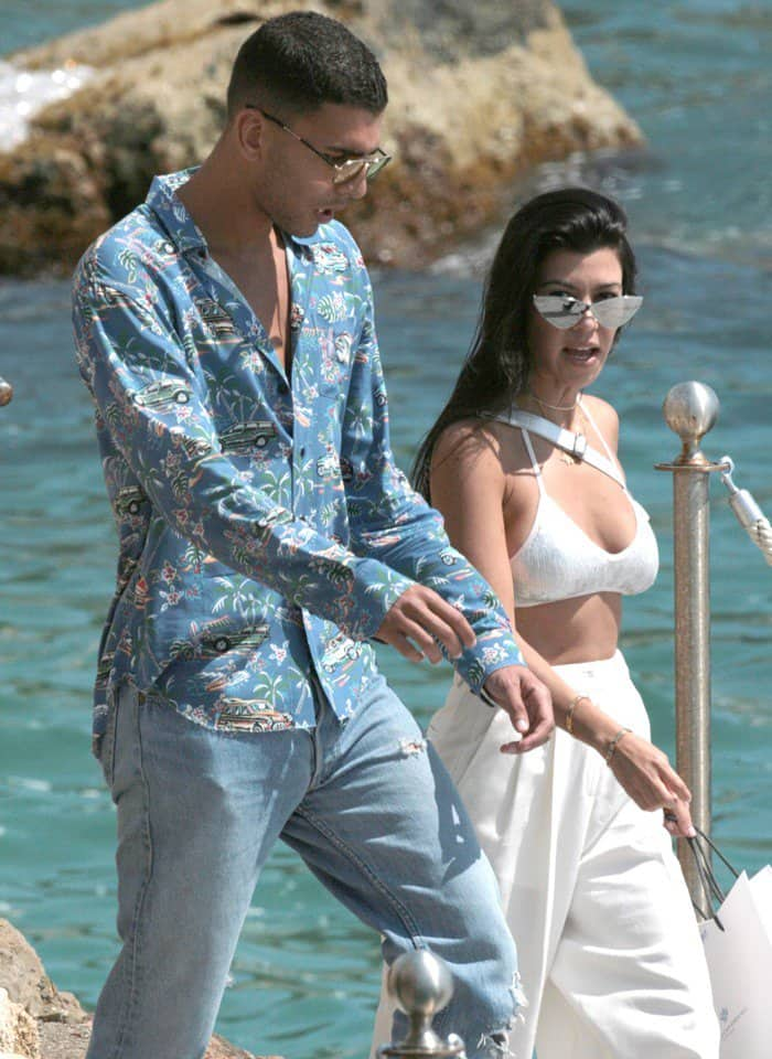 Kourtney Kardashian spotted with new flame Younes Bendjima on a date during the 70th annual Cannes Film Festival.