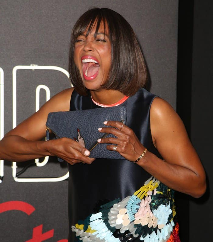 Aisha Tyler carried a statement clutch at the premiere of Atomic Blonde in Los Angeles.