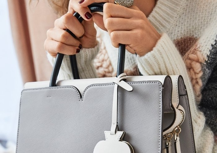 Perfect stitching on a genuine Kate Spade satchel handbag