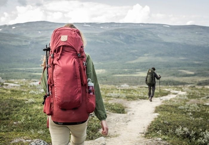 Abisko is a simple, light, trekking backpack with a comfortable, adjustable carrying system adapted for women